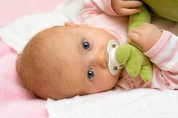 Американские врачи: облизывая соску, мама снижает риск развития аллергии у ребенка. 14553.jpeg