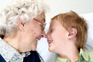 Чем опасны бабушки